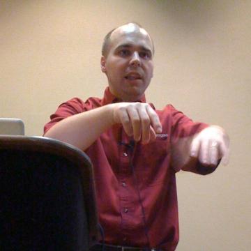 Doug speaking at CFUnited 2009.